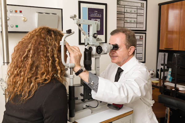 Diagnostics | Vitreo-Retina Specialists Huntington Beach, CA 92647