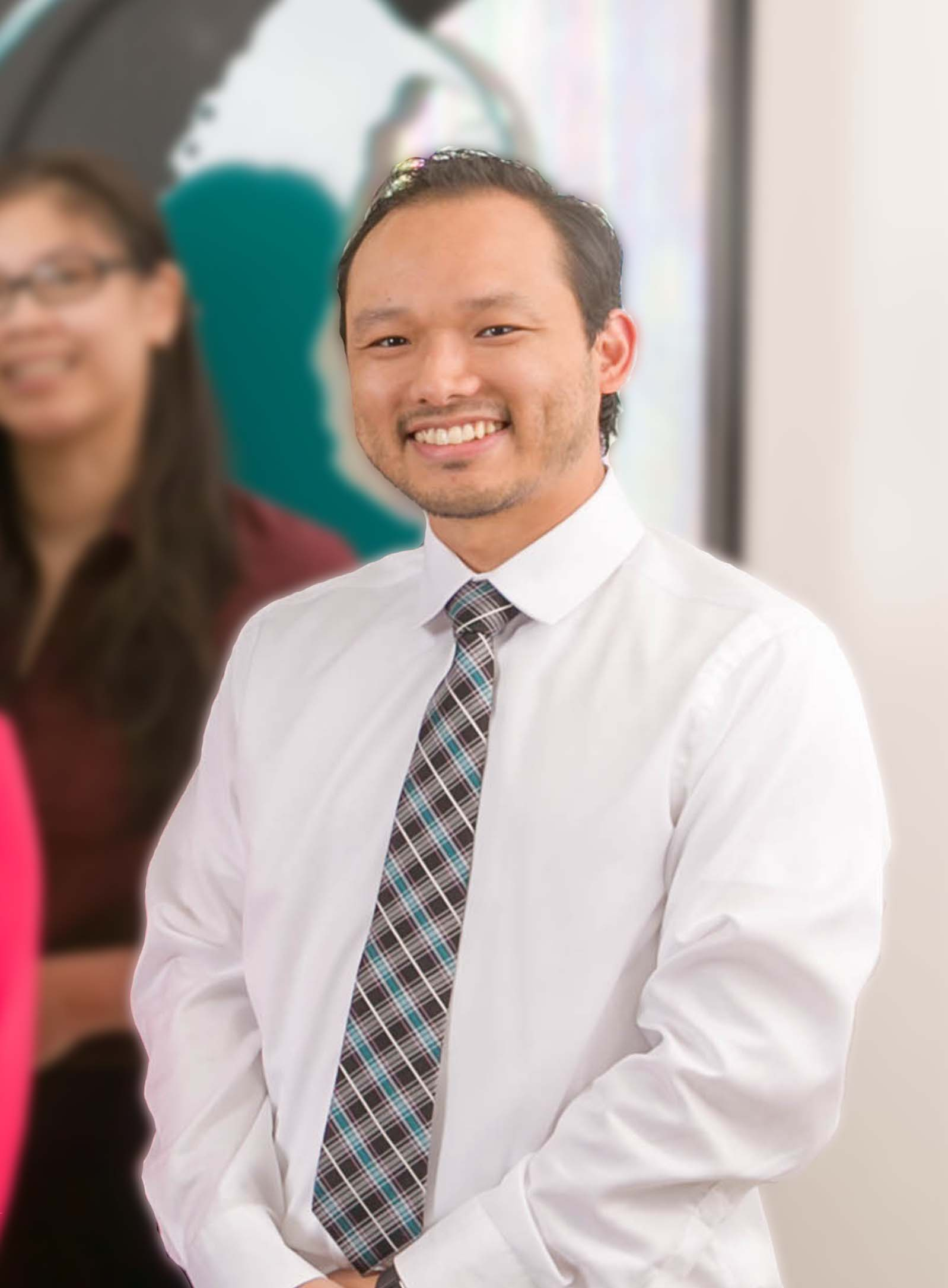 Retina Specialist Ophthalmic Technician Kenneth Yee